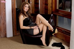 Leyla Morgan - Take A Seat (Thumb 14)