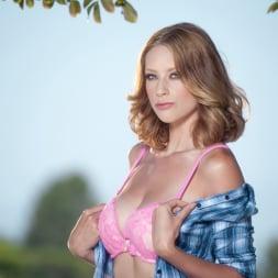 Anya Amsel in 'Twistys' Horny Damsel (Thumbnail 1)