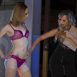 Blake Eden in 'Twistys' Show Them How It's Done (Thumbnail 18)