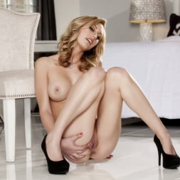 Brett Rossi in 'Twistys' Hot Shot (Thumbnail 14)