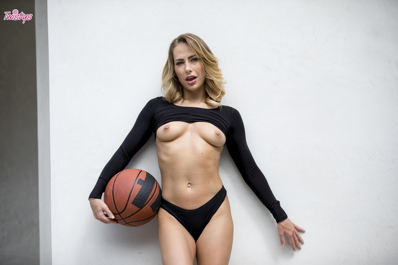 Twistys 'When Girls Play Ball' starring Carter Cruise (Photo 12)