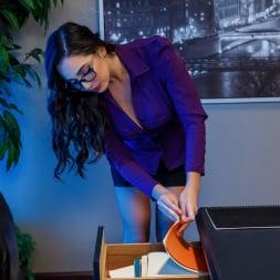 Chanel Preston in 'Twistys' Shades of Secretary (Thumbnail 8)