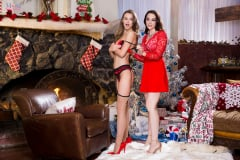 Chanel Preston - Tight XXXmas (Thumb 28)