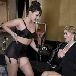 Charlotte Stokely in 'Twistys' Breakfast at Sativa's (Thumbnail 3)