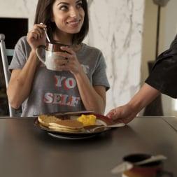 Cherie DeVille in 'Twistys' Eat Your Breakfast (Thumbnail 18)