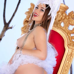 Dani Daniels in 'Twistys' Naked Queen (Thumbnail 18)
