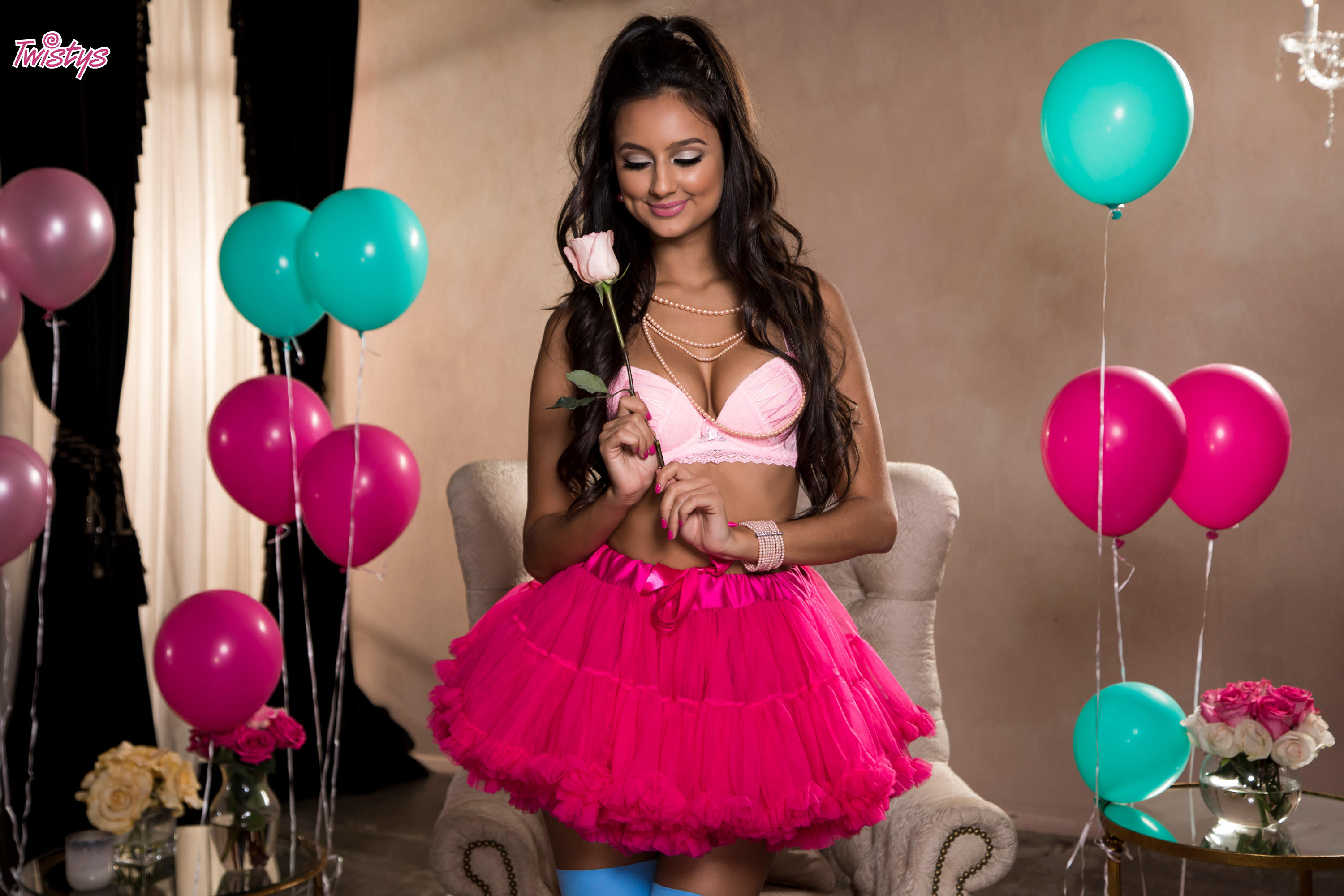 Twistys 'Balloons and Bubble Gum' starring Eliza Ibarra (Photo 10)