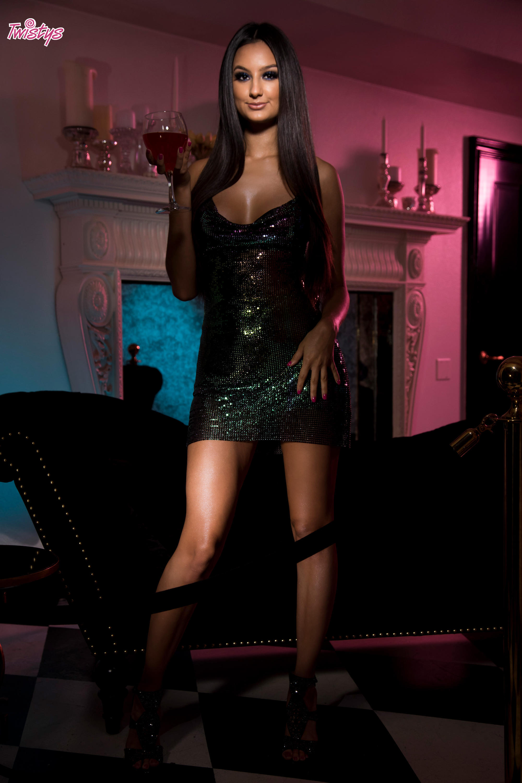 Twistys 'Glitter Nightclub' starring Eliza Ibarra (Photo 1)