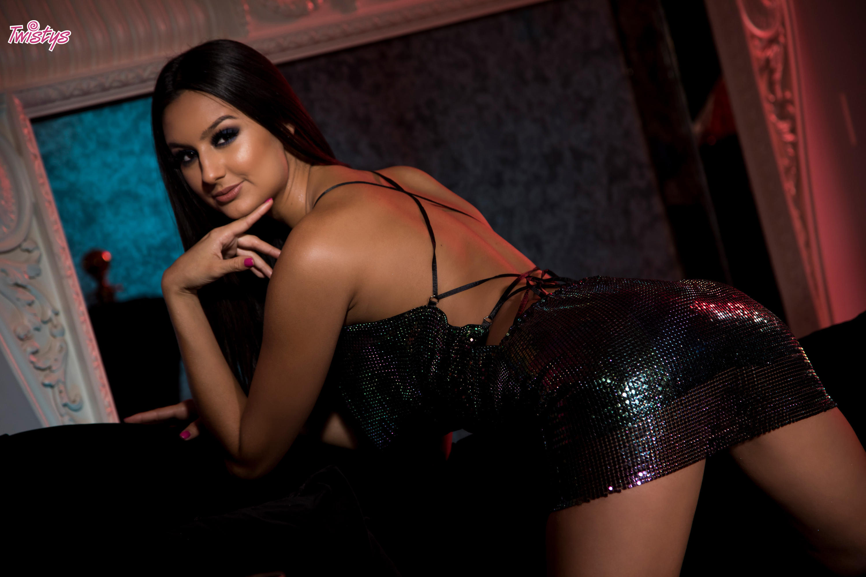 Twistys 'Glitter Nightclub' starring Eliza Ibarra (Photo 18)