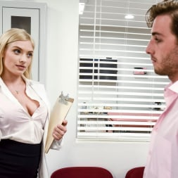 GIselle Palmer in 'Twistys' Doctor's Office (Thumbnail 10)
