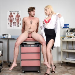 GIselle Palmer in 'Twistys' Doctor's Office (Thumbnail 25)