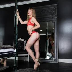 Ivy Wolfe in 'Twistys' Woman in the Mirror (Thumbnail 9)