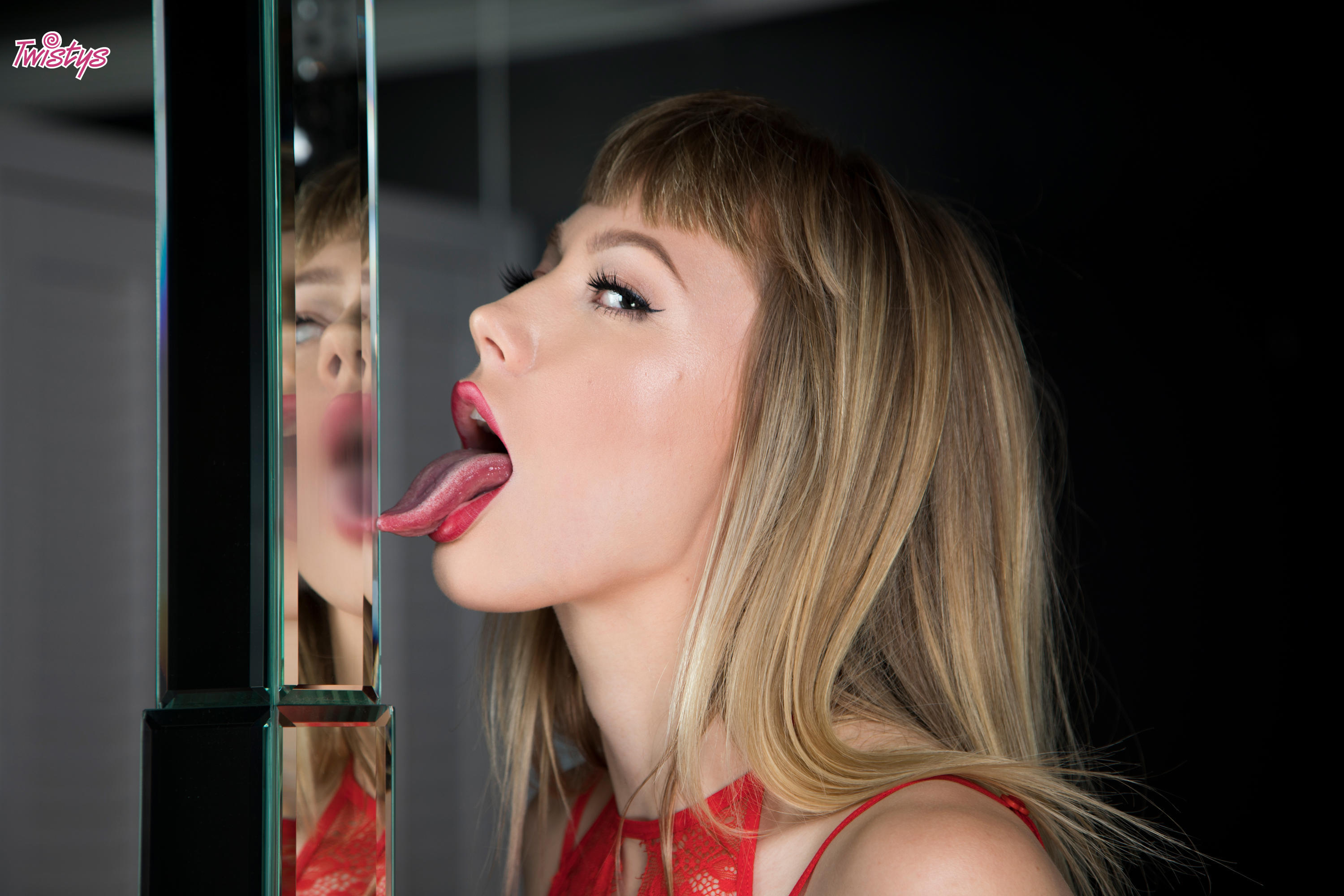 Twistys 'Woman in the Mirror' starring Ivy Wolfe (Photo 15)