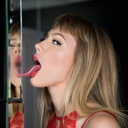 Ivy Wolfe in 'Twistys' Woman in the Mirror (Thumbnail 15)