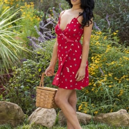 Jade Baker in 'Twistys' Wild Flowers (Thumbnail 8)