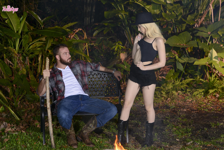 Twistys 'Light Her Fire' starring Jane Wilde (Photo 12)