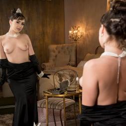 Jenna Sativa in 'Twistys' Classic Beauty (Thumbnail 15)