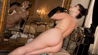 Jenna Sativa in 'Classic Beauty'
