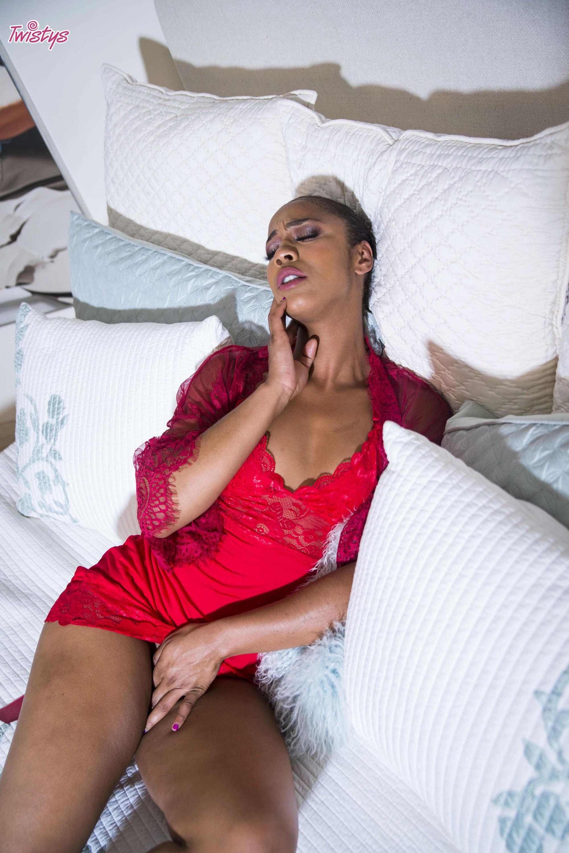 Twistys 'Sleepover Seduction' starring Kira Noir (Photo 24)