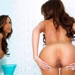 Kortney Kane in 'Twistys' Mirror, Mirror (Thumbnail 42)