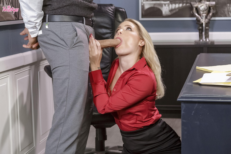Twistys 'PTA' starring Lisey Sweet (Photo 32)
