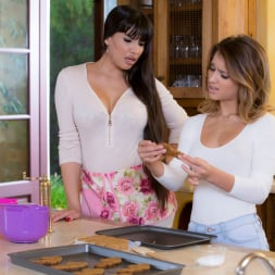 Mercedes Carrera in 'Twistys' Baked Goods (Thumbnail 6)
