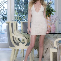 Sydney Cole in 'Twistys' Style And Grace (Thumbnail 1)