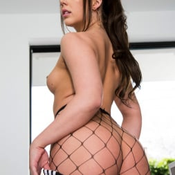 Whitney Wright in 'Twistys' Casual Sexy Cool (Thumbnail 24)